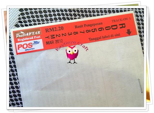Mengirim hadiah giveaway dengan pos berdaftar