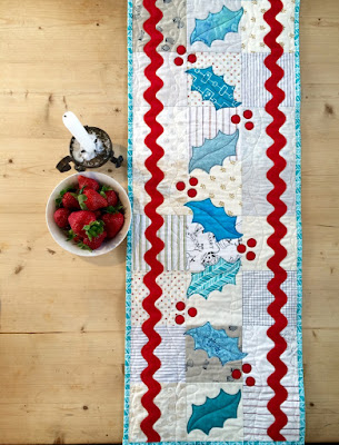 Superbe Boxes And Bows Table Runner Tutorial By Jen Daly For Moda Bakeshop (PDF  Download)