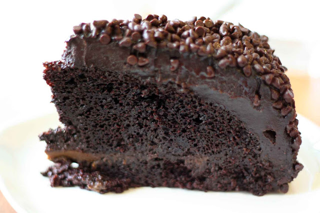 Blackout Chocolate Cake Poco Deli