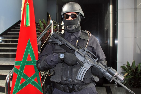 عناصر الفرقة الوطنية للأبحاث القضائية تحل بجهة سوس وتعتقل مجموعة من الأشخاص بسبب الإرهاب