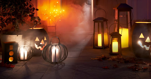 Halloween Quotes, Sayings, Wishes, Messages, Status For Facebook and Whatsapp