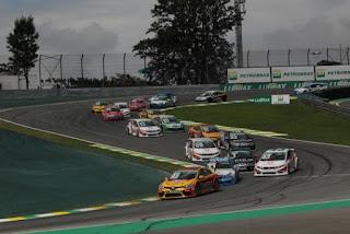 e8f222a7266 Autos Máquinas - Roberto Costa