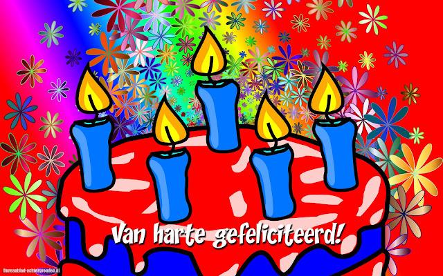 Van harte gefeliciteerd en een verjaardagstaart