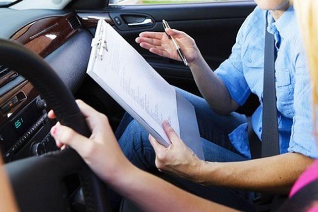 4 πράγματα που δεν σου μαθαίνει η σχολή οδήγησης!