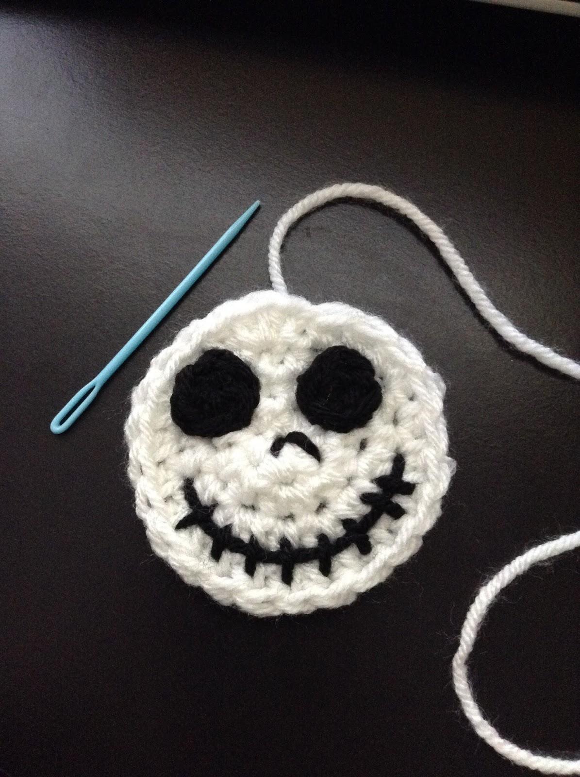 10+ Halloween Decoration Free Crochet Patterns | Ganchillo bonito ... | 1600x1195
