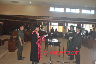 <b>Lalu Wirajaya Resmi Duduki Jabatan Wakil Ketua DPRD NTB Pengganti Antar Waktu 2014-2019</b>