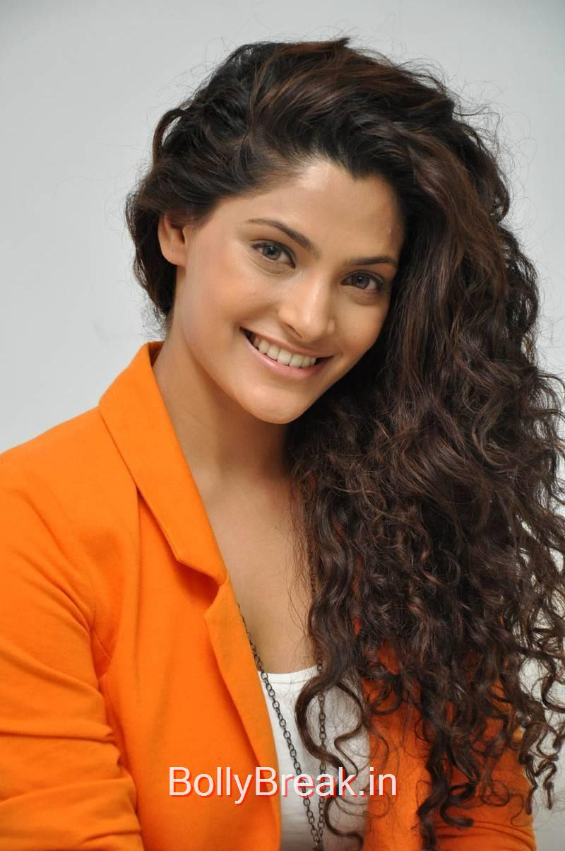 Saiyami Kher Photo Gallery, Saiyami Kher Hot Pics from Rey Movie Interview