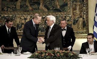 Τουρκικό ΥΠΕΞ προς Π. Παυλόπουλο: Να σεβαστεί τα σύνορά μας