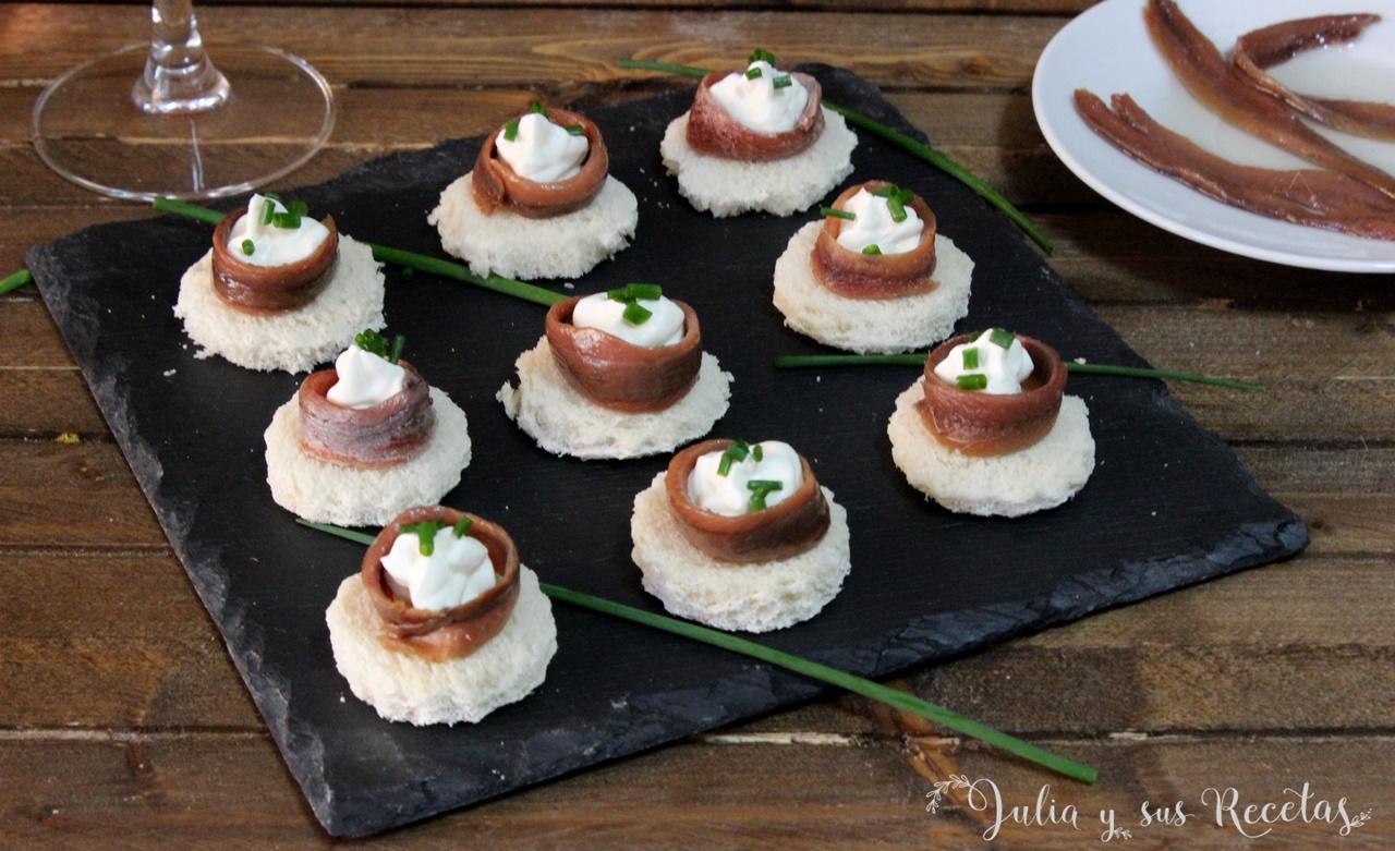 Julia y sus recetas canap s de queso crema y anchoas - Como hacer un canape ...