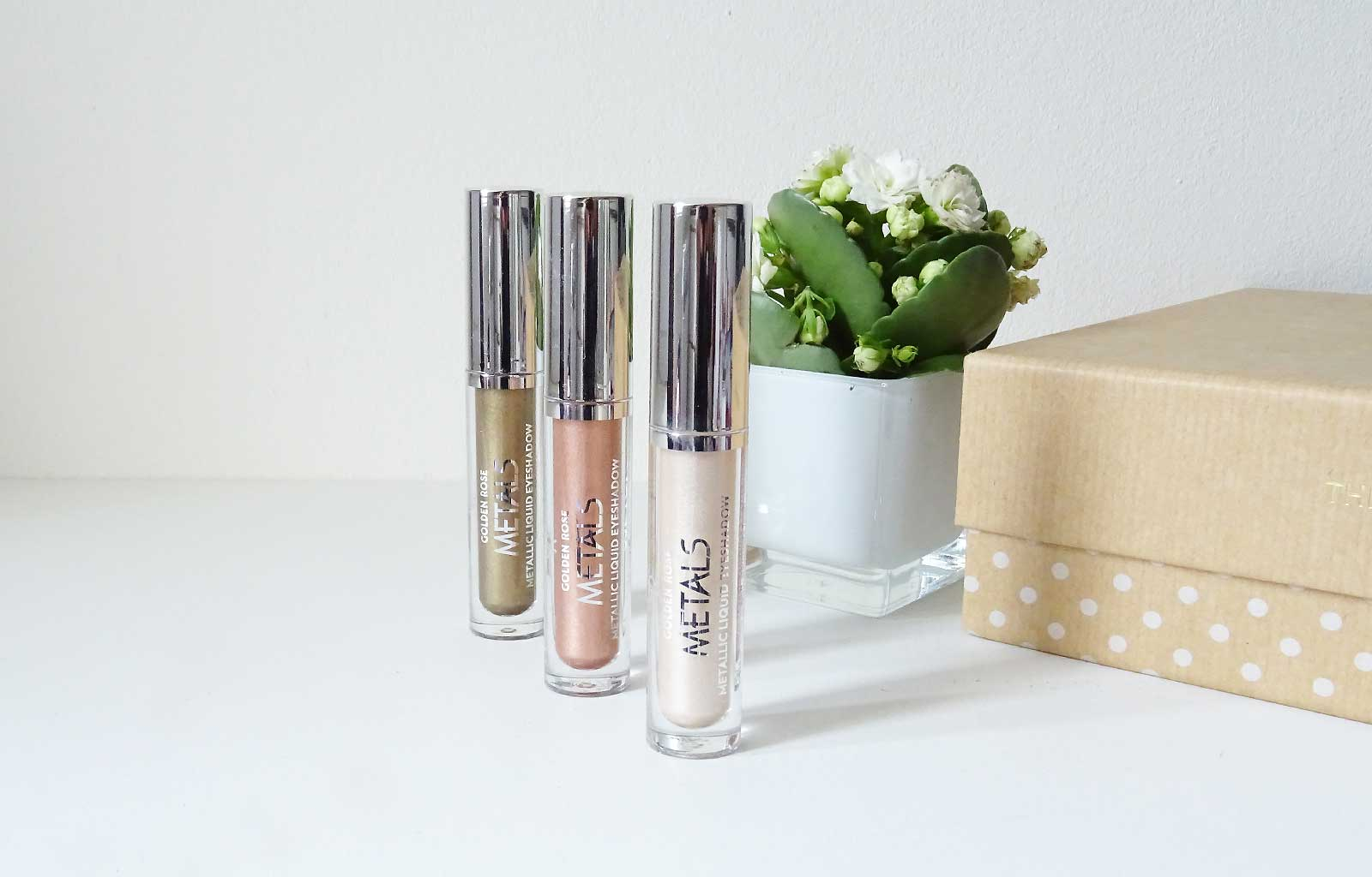 Metals Metallic Liquid Eyeshadow Golden Rose