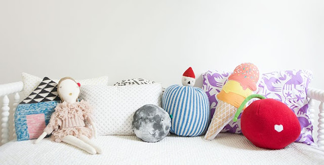 Colorful Decorative Pillows  for Sofa