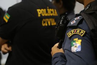 Dois homens são presos em flagrante por porte ilegal de arma de fogo em Itabaiana