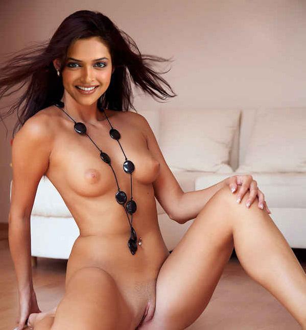 Deepika Padukone Hot And Hd Wallpapers Live Photoshoot