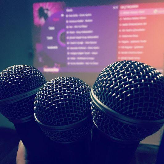Karaoke'den Çıkıp Şarkıcı Olmaya Karar Verenler