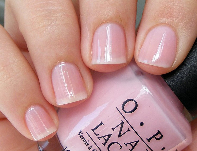 Lipgloss Break: OPI Sheer Tint in Be Magentale with Me |Sheer Pink Nail Polish Opi