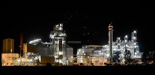 Planta Bioetanol en toma nocturna con estrellas