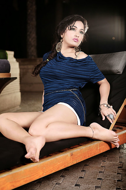 Image result for Latha Hegde hot legs  hd