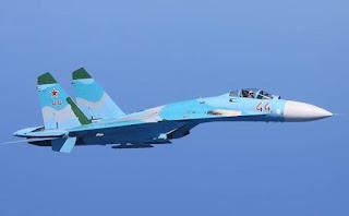 Jet Tempur Sukhoi Su-27