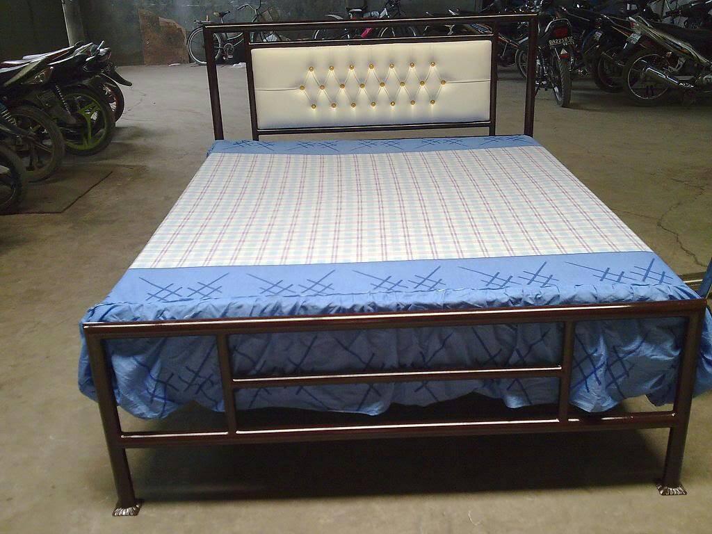 model tempat tidur dari besi 3