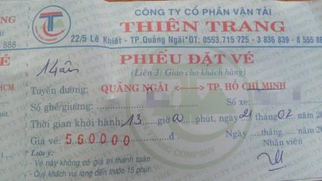 Tiền cơm kỳ lạ trên xe khách dịp Tết