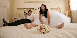 7 Tips Sukses Malam Pertama Pernikahan