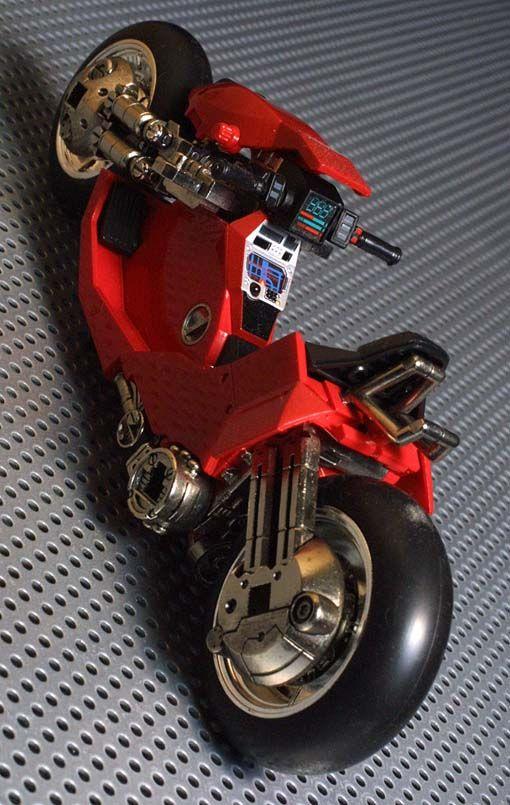 Scale model of Kaneda's Powerbike form Akira