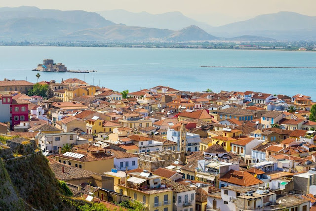 Trivago: Το Ναύπλιο στην 3η θέση στις προτιμήσεις των Ελλήνων εκδρομέων του Πάσχα