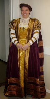 https://evashistoricalcostumes.blogspot.se/p/a-16th-century-swedish-court-gown.html