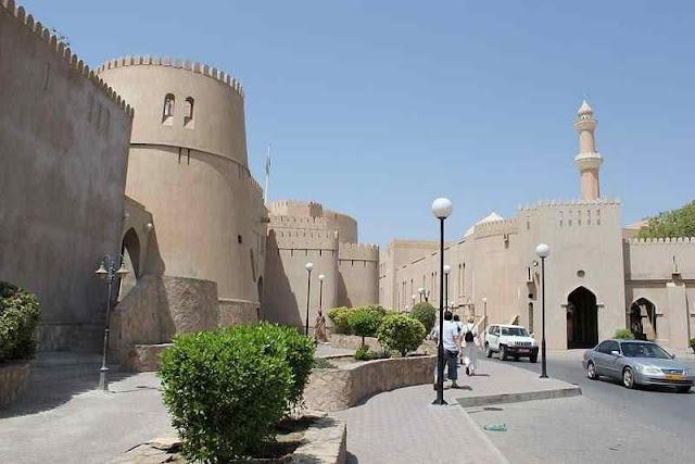 Oman Rundreise (C) JUREBU