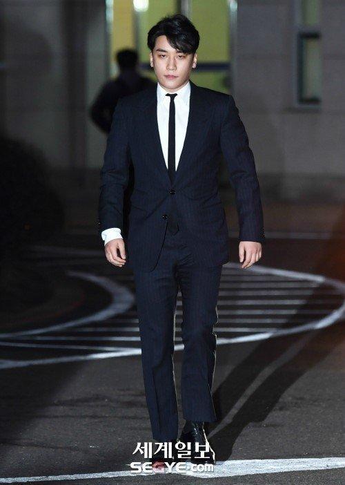 Seungri, eğlence sektöründen çekildiğini duyurdu