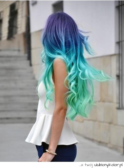 Forever young: Kolorowe Włosy & plecaki