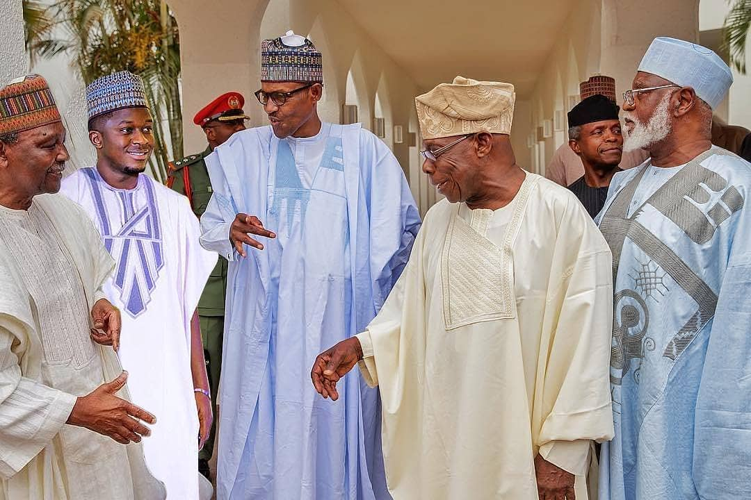 Bad Guy! See How This Abuja Presenter Photo-shopped Himself Into OBJ, Buhari And Gowon's Photo