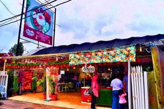 200 Seeds Cafe (Abang Strawberry) Ladang strawberry cameron higland brinchang