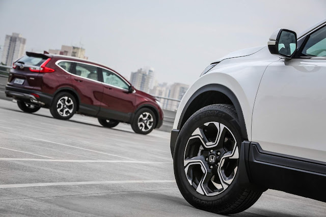 Novo Honda CR-V 2018 - rodas de 18 polegadas