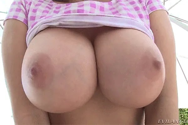 Big Boobs And Fucking Teens