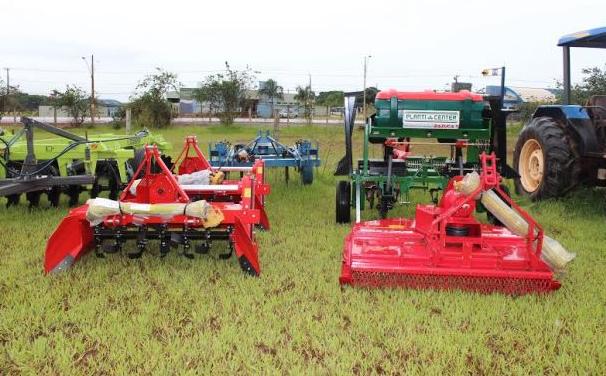Olivença, Senador Rui Palmeira e Piranhas recebem do Governo de Alagoas, patrulha mecanizada agrícola para agricultura familiar
