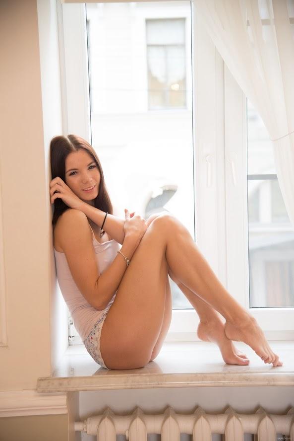 [EroticBeauty] April - Snow White