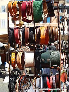 pulseiras couro artesanais souvenir roma - Souvenirs alternativos em Roma