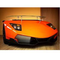 Un bureau en forme de Lamborghini Murcielago