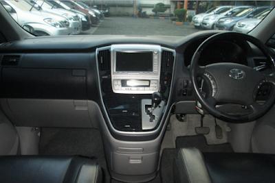 Interior Toyota Alphard Gen1 Facelift