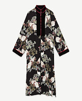 https://www.zara.com/be/en/woman/outerwear/view-all/long-contrasting-kimono-c733882p4953529.html
