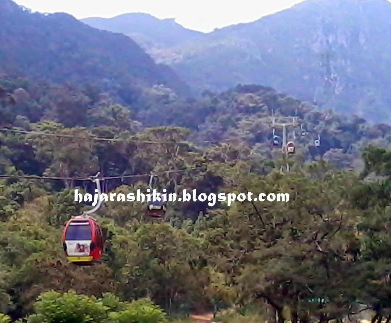 Oriental Village ( Cable Car )