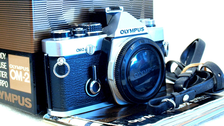 Olympus OM-2n (Chrome) Body #427