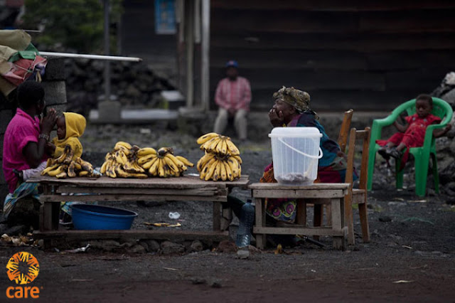 RDC,bananes ,,Goma. ,,trouver ,nourriture., Kate Holt / CARE