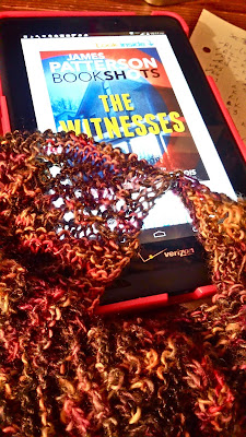 Reading The Witnesses by James Patterson and knitting Starshowers cowl scarf shawl.