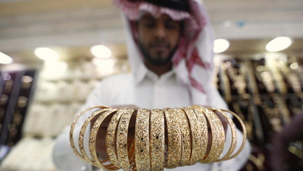 """أسبوعان لتطبيق قرار """"سعودة"""" نشاط الذهب والمجوهرات"""