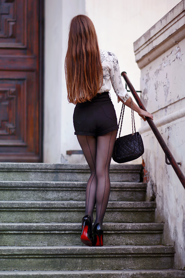 black seamed tights red soles pumps