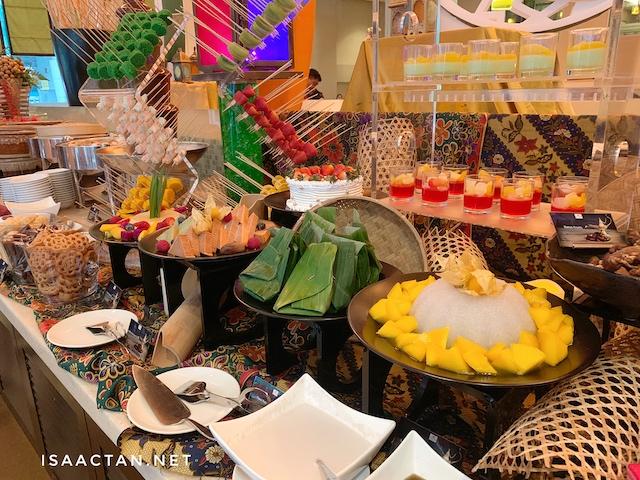 Malay kuih and desserts