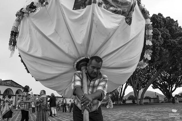 maramota en fiesta popular de Oaxaca