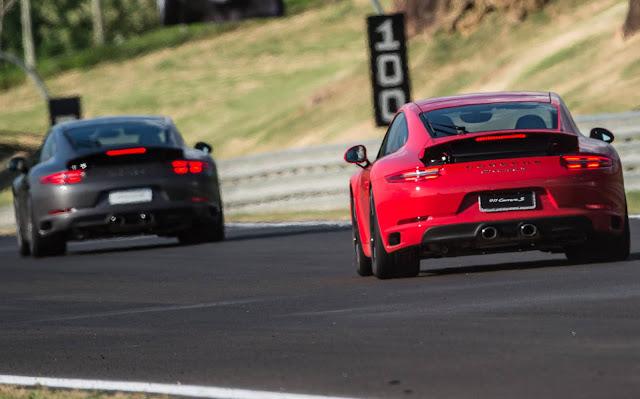 Porsche 911 trucida MB AMG GT e Jaguar F-Type - Interlagos